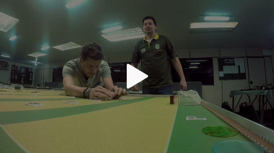 BICAMPEÃO BRASILEIRO DE FUTEBOL DE MESA DÁ DICAS DE COMO FAZER GOL